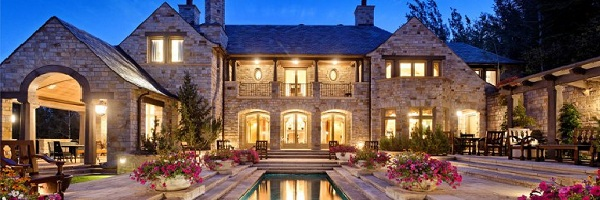 How To Break Into The High-End – Luxury Real Estate Market photo