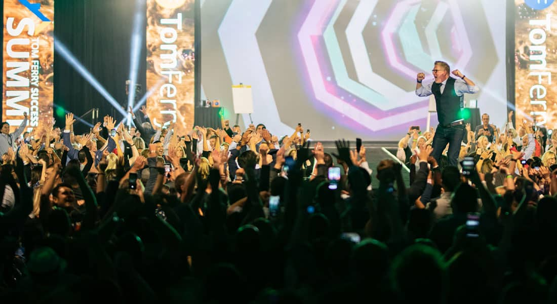 Keynote Speaker Seth Godin… And 9 More Reasons Why Success Summit 2021 is a No-Brainer to Attend